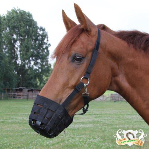 NÁHUBEK pro koně